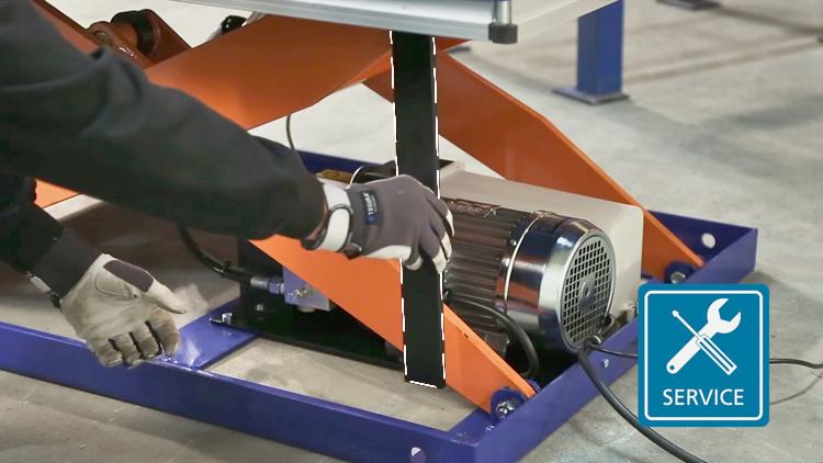 Сервисные опоры для проведения ремонта гидравлического подъемного стола