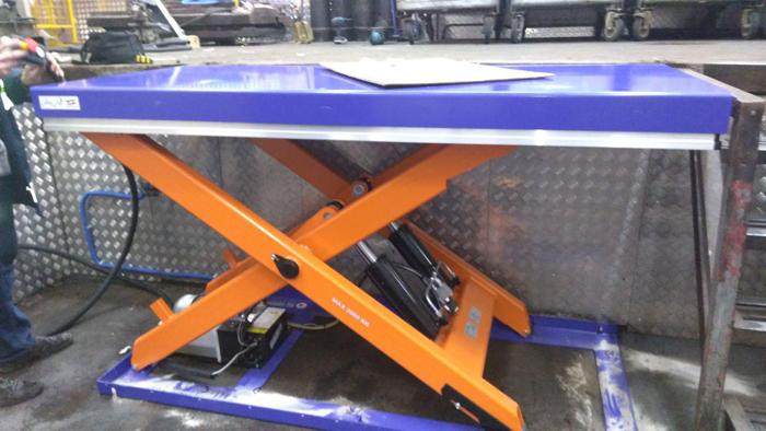 Гидравлический подъемный стол TS 2001B